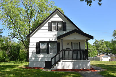 Milwaukee Single Family Home For Sale: 5160 N 39th St