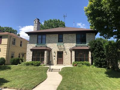 Milwaukee County Single Family Home For Sale: 4389 N Wildwood Ave