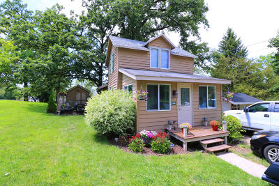 Delavan Single Family Home For Sale: 4121 Blue Gill Rd
