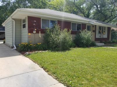 Waukesha Single Family Home Active Contingent With Offer: 1803 S Grand Ave