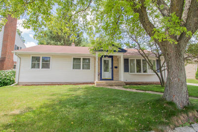 West Bend Single Family Home Active Contingent With Offer: 1160 N 11th Ave