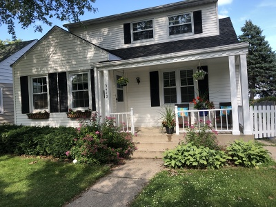 Whitefish Bay Single Family Home For Sale: 5442 N Bay Ridge Ave