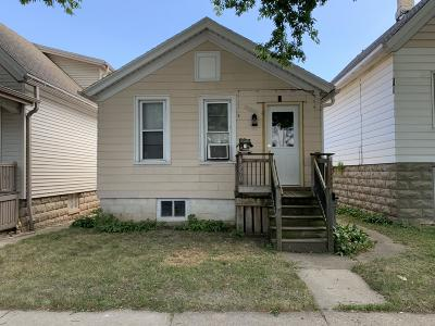 Milwaukee Single Family Home For Sale: 1730 S 22nd St