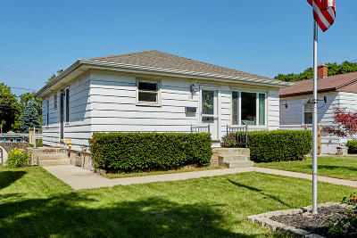 West Allis Single Family Home For Sale: 729 S 101st St