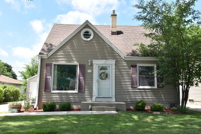 Milwaukee Single Family Home For Sale: 3411 N 96th St