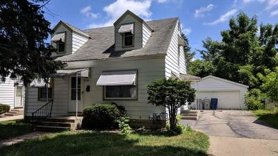 Milwaukee Single Family Home For Sale: 5358 N 57th St.