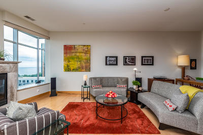 Milwaukee Condo/Townhouse Active Contingent With Offer: 1111 N Marshall St #905