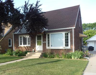 Milwaukee County Single Family Home For Sale: 3914 N 88th