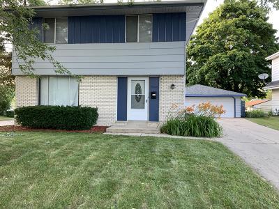 Milwaukee County Single Family Home For Sale: 7940 W Beechwood Ave