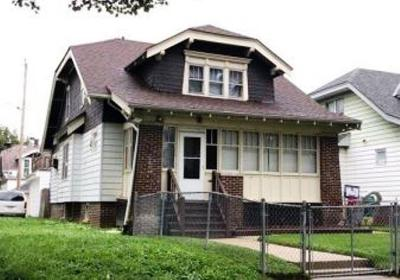 Milwaukee WI Single Family Home For Sale: $29,680
