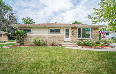 Single Family Home For Sale: 7420 W Ohio Ave