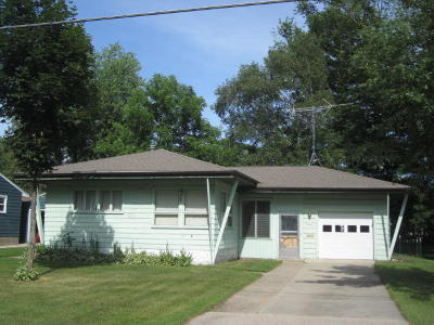 Menominee Single Family Home Active Contingent With Offer: 4310 6th Street