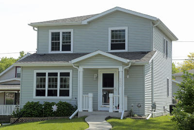 Single Family Home For Sale: 3660 S 33rd St
