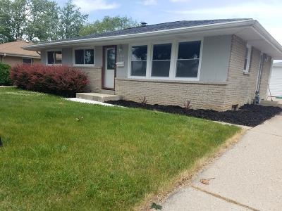 Single Family Home For Sale: 6500 N 87th St