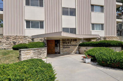 Waukesha Condo/Townhouse Active Contingent With Offer: 315 N West Ave #307