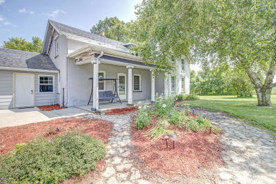 Watertown Single Family Home For Sale: N8808 High Rd