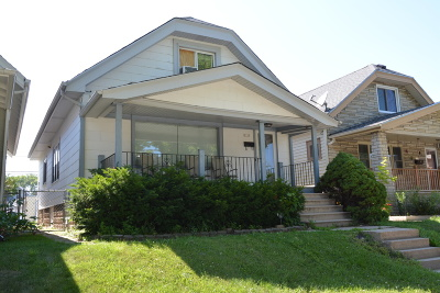 West Allis Single Family Home For Sale: 2129 S 68th St