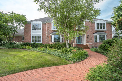 Brookfield Single Family Home For Sale: 1120 Egan Rd