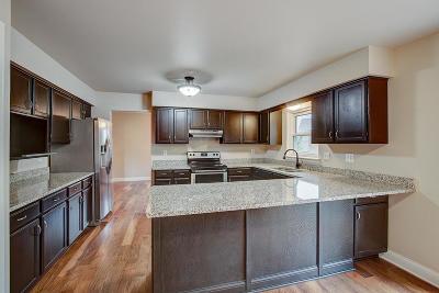 Single Family Home For Sale: 1200 Hawthorne Ridge Dr
