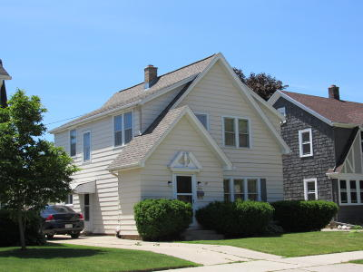 Sheboygan Single Family Home For Sale: 1335 Main Ave