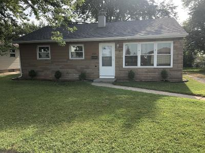 Kenosha Single Family Home For Sale: 5905 48th Ave