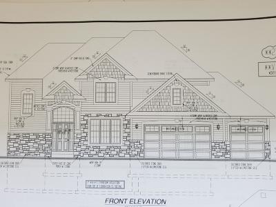 Milwaukee County Single Family Home For Sale: 1049 W Sunrise Pass
