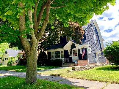 Sheboygan Single Family Home For Sale: 1519 Ashland Ave