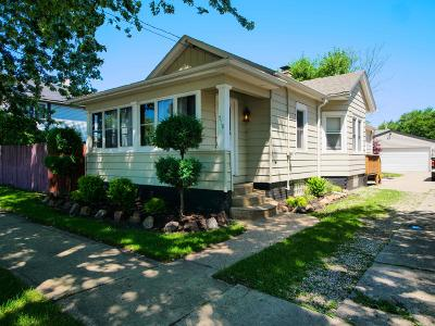 Kenosha Single Family Home For Sale: 718 44th St