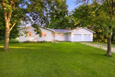 Galesville Single Family Home For Sale: 19355 Silver Creek Rd