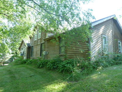 Fort Atkinson Single Family Home For Sale: N2381 County Road D