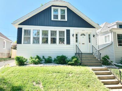 Milwaukee Single Family Home For Sale: 6117 W Saint Paul Ave