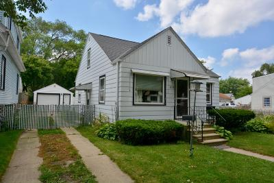 Milwaukee Single Family Home For Sale: 515 S 71st St