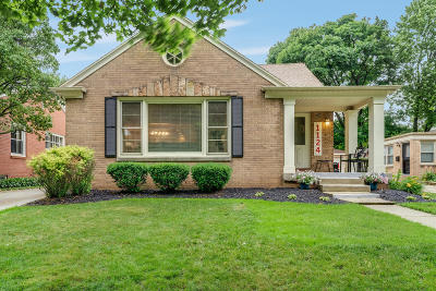 Racine Single Family Home For Sale: 1124 Orchard St