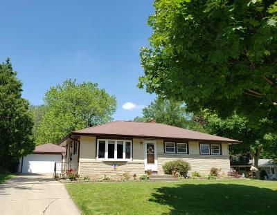 Single Family Home For Sale: 2859 S 94th St