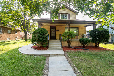 Single Family Home For Sale: 3037 S 37th St