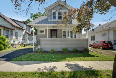 Kenosha Single Family Home For Sale: 6919 26th Ave