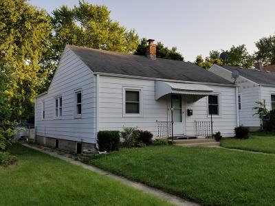 West Allis Single Family Home Active Contingent With Offer: 8629 W Mitchell St