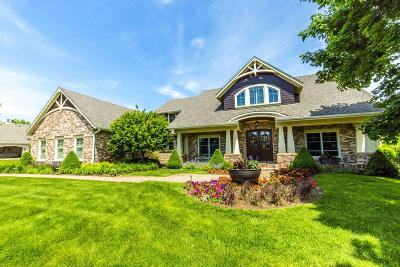 Pewaukee Single Family Home Active Contingent With Offer: W285n3434 Conservancy Dr