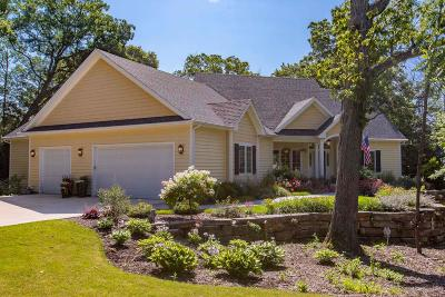 Racine County Single Family Home Active Contingent With Offer: 5311 Vicksburg Dr