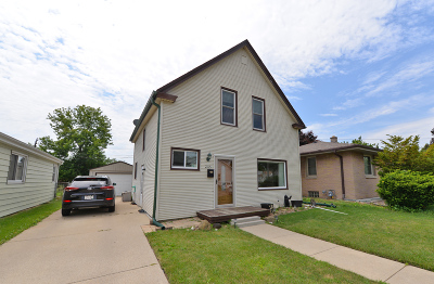 Racine Single Family Home For Sale: 2115 Twentyfirst St