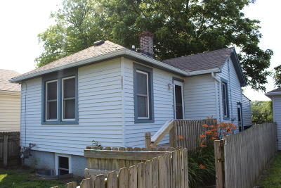 Racine Single Family Home Active Contingent With Offer: 1754 Ninth St