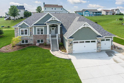 Lake Geneva Single Family Home Active Contingent With Offer: 355 S Stone Ridge