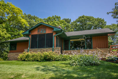 Lake Geneva Single Family Home For Sale: N3198 Daffodil Rd