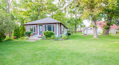 Mukwonago Single Family Home Active Contingent With Offer: 508 Wahl Ave