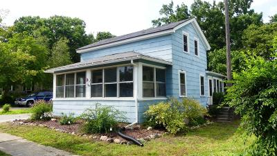 Fort Atkinson Single Family Home Active Contingent With Offer: 419 S 4th St E