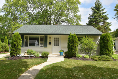 Cedarburg Single Family Home Active Contingent With Offer: N57w5466 Sunnyside Ln