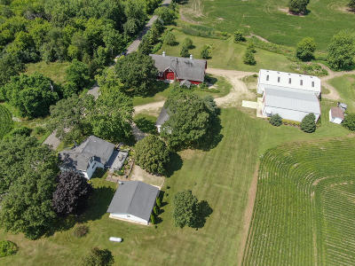 Fort Atkinson Single Family Home For Sale: N232 Poeppel Rd (35 Acres)