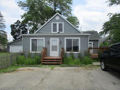 Kenosha Single Family Home Active Contingent With Offer: 12165 224th Ave