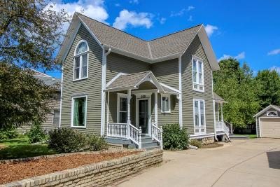 Fort Atkinson Single Family Home Active Contingent With Offer: 320 Clarence St