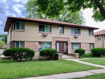 Milwaukee Multi Family Home For Sale: 8822 W Congress St #8834